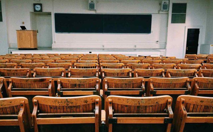 Como melhorar o gerenciamento do ensalamento de uma universidade?